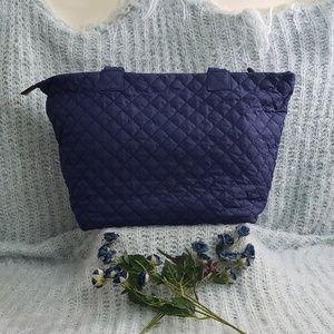 Old Navy- blue quilted tote bag
